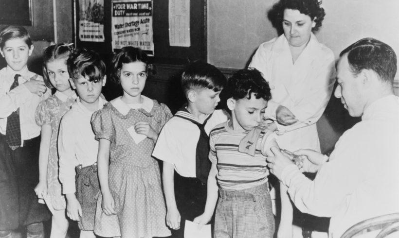 Obbligo vaccinale nelle scuole: è il caos