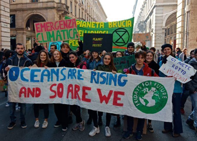 """I ragazzi di Fridays For Future d'Ivrea: """"riteniamo questo sciopero un successo e un importante punto di partenza per far crescere il nostro gruppo"""""""