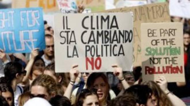Una mozione per l'emergenza climatica