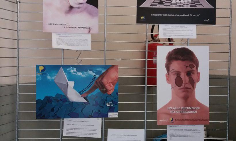 Attacco della consigliera Bono della Lega alla mostra #immaginideipregiudizi